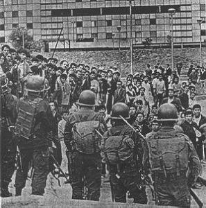 Los militares asesinaron a cientos de jovenes sublevados