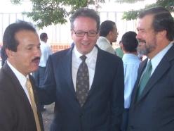 Antonio Garcia Padilla, al centro, Presidente de la UPR y verdugo de los derechos estudiantiles