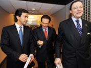 El entrante gobernador Luis Fortuño junto al banquero Richard Carrión y el empresario Atilano Cordero Badillo