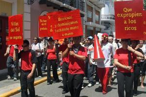 Marcha en apoyo a la comunidad de Villas del Sol (22 de agosto de 2009) -Indymediapr.org