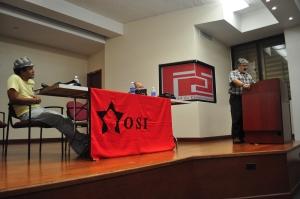 Héctor Meléndez, hablando en ¿Qué pasó con el PSP?, uno de los foros de la Jornada Socialista 2011.
