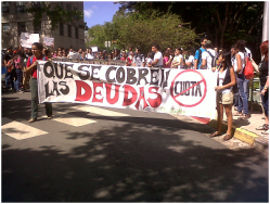 estudiantes del RUM marchan